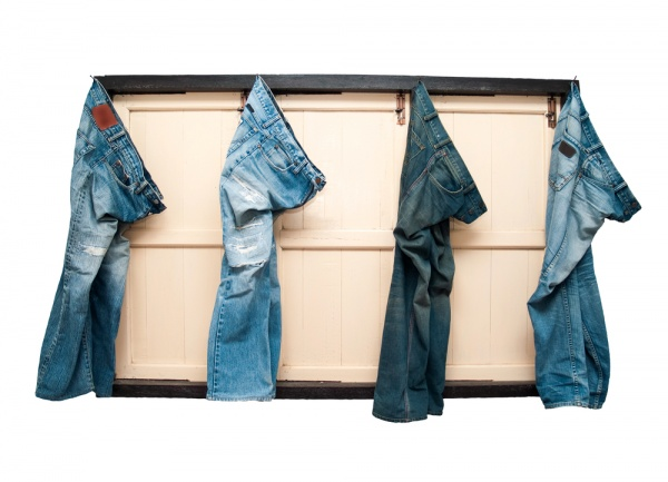 16 How to Wear Jeans to Work