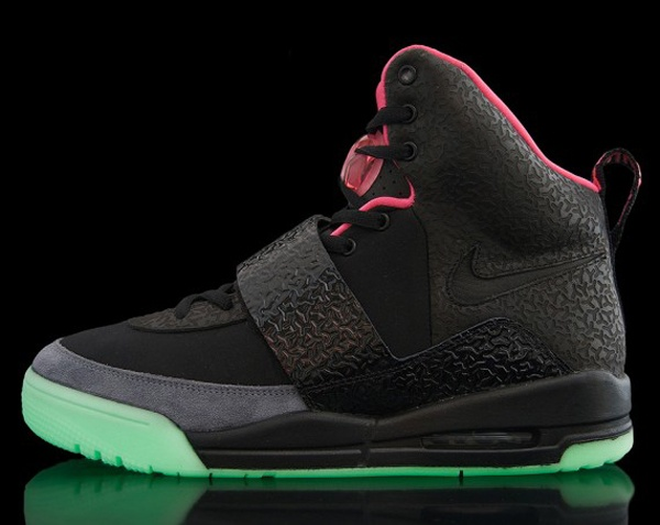 Nike Air Yeezy Black Top 10 Footwear