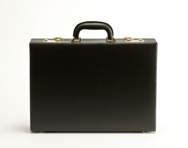 mens guide to briefcases 4 How to Choose a Briefcase