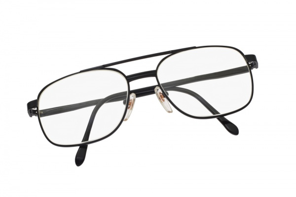 timeless eyeglasses for men5 5 Timeless Eyeglass Frames for Men