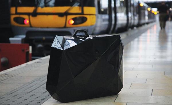 naoki kawamoto orishiki suitcase 2 10 Stylish Pieces of Luggage