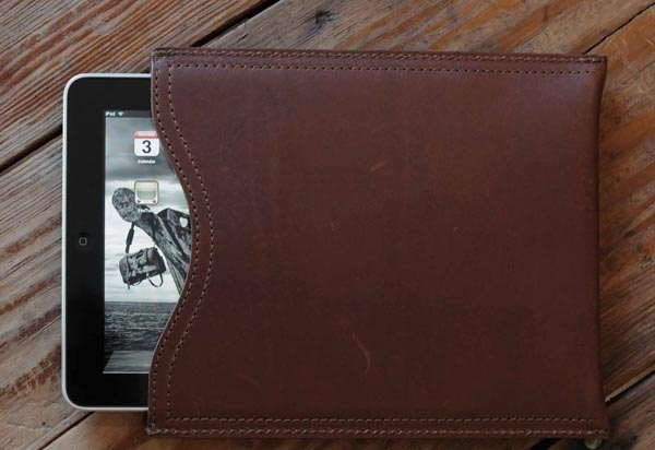 saddleback leather ipad sleeve 1 What to Look for in an iPad case