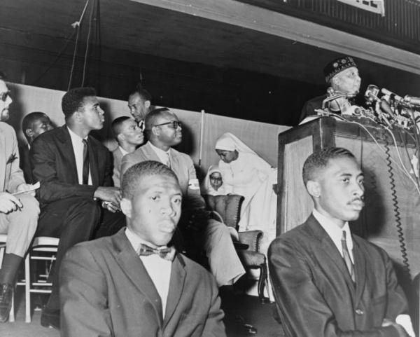 747px Elijah Muhammad and Cassius Clay NYWTS A New Muhammad Ali Style: Generation Ali