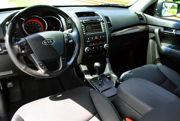 Sorrento Front Interior Test Drive: Kia Sorento SX V6