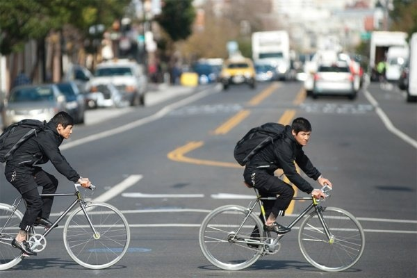 levis commuter 2013 spring lookbook 1 Weekly Roundup: March 17th