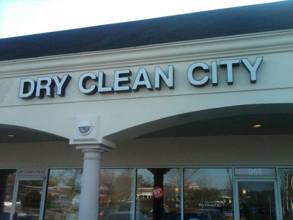 DryCleanCityPreston The Complete Guide to Dry Cleaning
