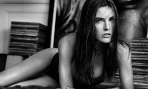 Oysho 05 GQ 30Sep13 pr b 813x494 300x182 Hilary Rhoda for Oysho Lingerie Fall/Winter 2013 Campaign
