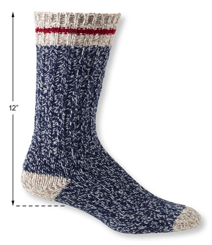 206991 0 44 Keep Your Toes Toasty With The 10 Best Pairs of Socks to Wear This Fall/Winter