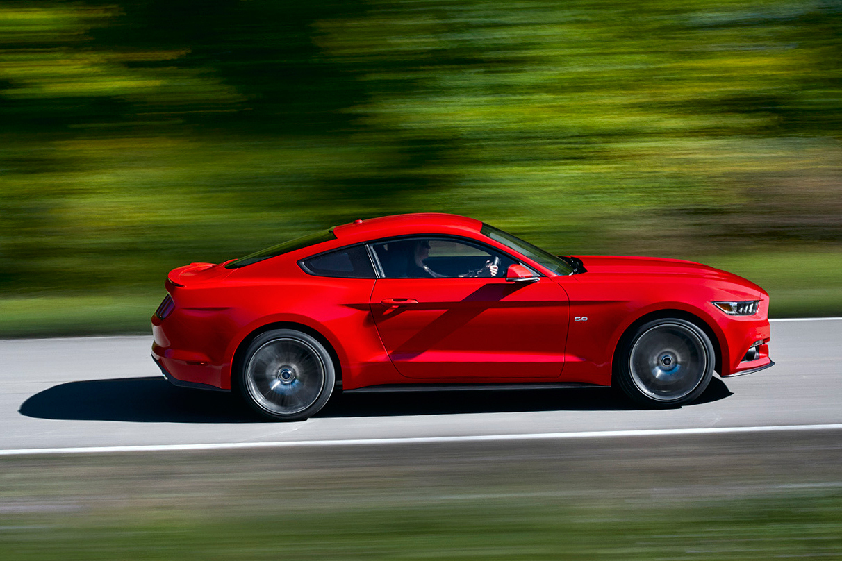 2015 ford mustang 2 Ford Reveal 6th Generation Mustang for 2015