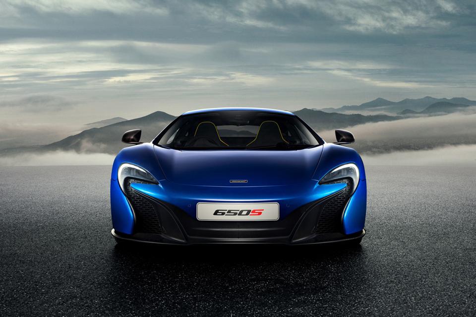 mclaren 650s 01 960x640 McLaren Unveils The 650S Supercar