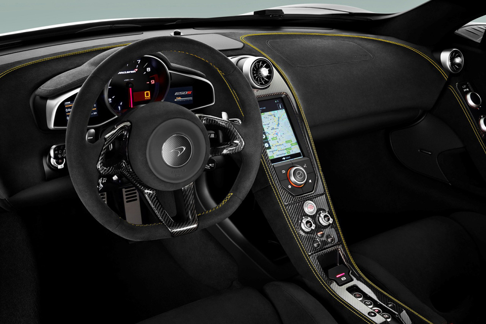 mclaren 650s 04 960x640 McLaren Unveils The 650S Supercar