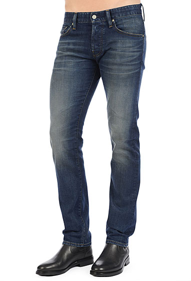 8604 14 years slope l 8 Reasons You Should Be Wearing AG Jeans This Spring