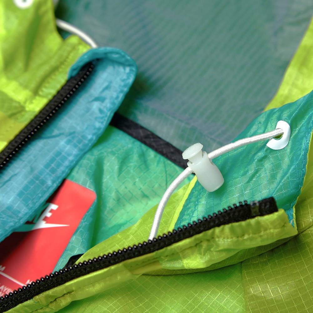 01 05 2014 nike techhyperfusewindrunner venomgreen 3 Nike Tech Hyperfuse Windrunner Jacket