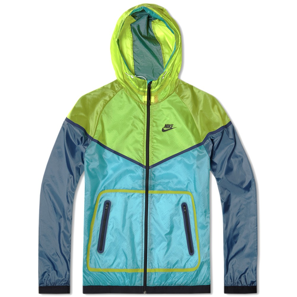 01 05 2014 nike techhyperfusewindrunner venomgreen 7 Nike Tech Hyperfuse Windrunner Jacket