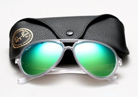 5983 22559 485 Kick Off Summer 2014 with the Ray Ban Colored Mirror Lenses