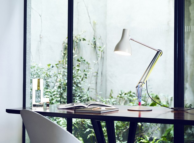 Anglepoise Paul Smith Lamp 4 630x464 Paul Smith for Anglepoise Type75 Desk Lamp