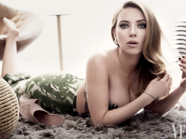 scarjo vanity fair may 2014 02 630x472 Scarlett Johansson for Vanity Fair Magazine