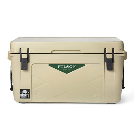 69195 main 242 5 Filson Products That Will Make You an Outdoor Hero