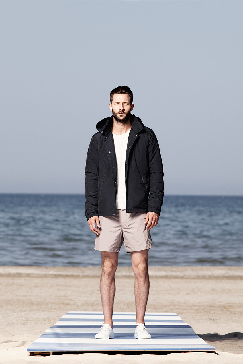 woolrich john rich bros 2015 spring summer lookbook 7 Woolrich John Rich & Bros. Spring/Summer 2015 Lookbook