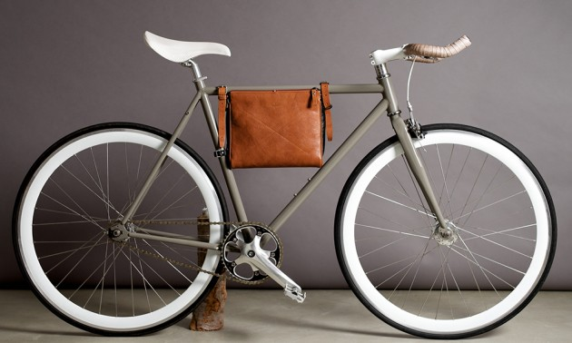 Hard Graft Bike Bag 20 630x378 Hard Graft Introduces 2 New Bicycle Frame Bags