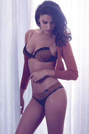 irina shayk twin sets fall winter 2014 campaign 4 300x450 Irina Shayk for Twin Sets Fall/Winter 2014 Lingerie Lookbook