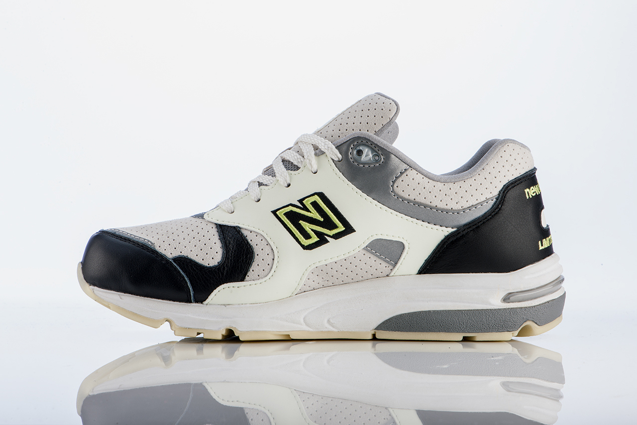barneys new york x new balance 1700 2 Barneys New York x New Balance 1700 Sneaker